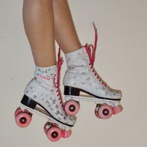 Shoes - 🌸Vintage 80s Brookfield roller skates 🌸